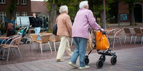 Seniorinnen unterwegs